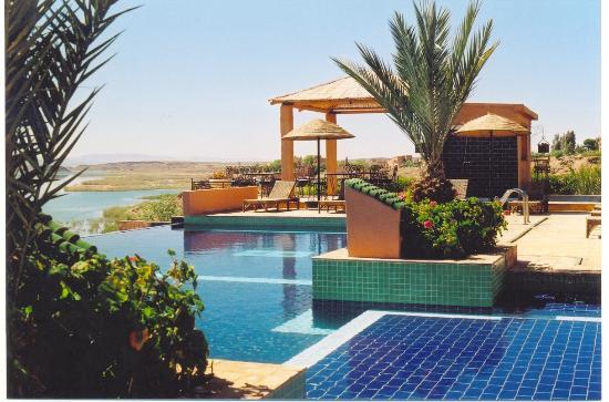 Ouarzazate maroc piscine du riad les tourmalines for Piscine demontable maroc
