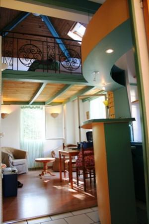 Villa la Castellane : Inside the apartment