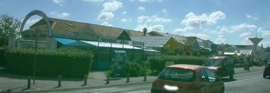 Le Clarys Plage : The restaurants