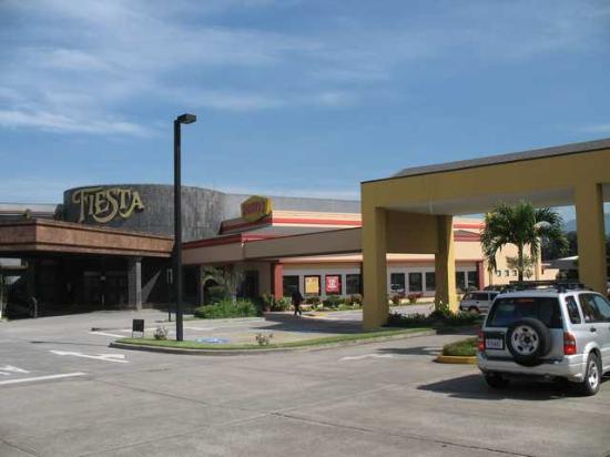 Holiday Inn Express San Jose Airport : the casino