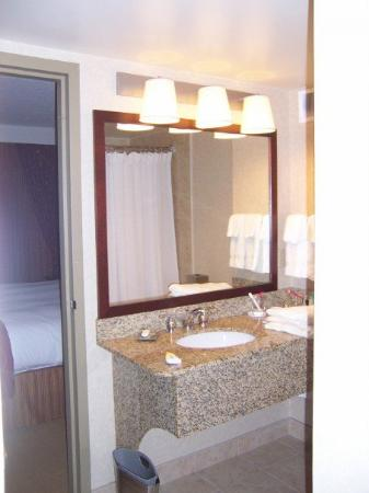 Sink area in the bathroom
