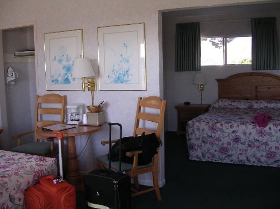 San Simeon Lodge: bedroom