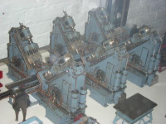 American Precision Museum: Tiny machine model by John Aschauer
