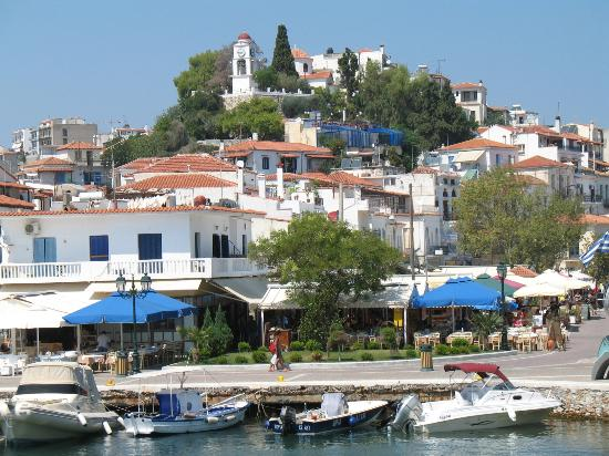 Skiathos town picture of troulos bay hotel skiathos for Skiathos town hotels