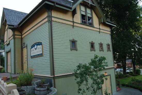 Flavel House Gift Shop, Astoria, Oregon
