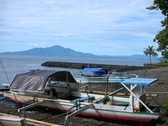 Murex Dive Resort: Fishing boats