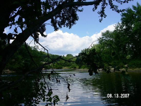 Lake George Escape Campground: River