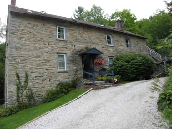 Kanaan, NY: The Inn at Shaker Mill Farm