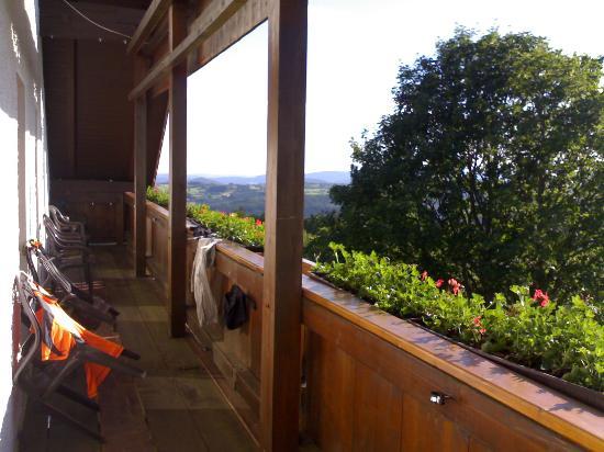 Pension Draxlerhof: Room 6 - the 2nd floor balcony (taken July 2007)