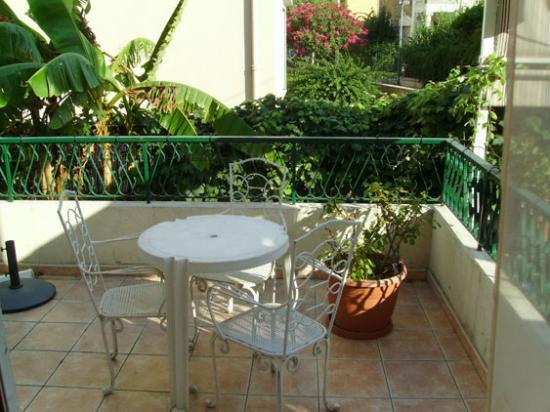 La Licorne Hotel- balcony