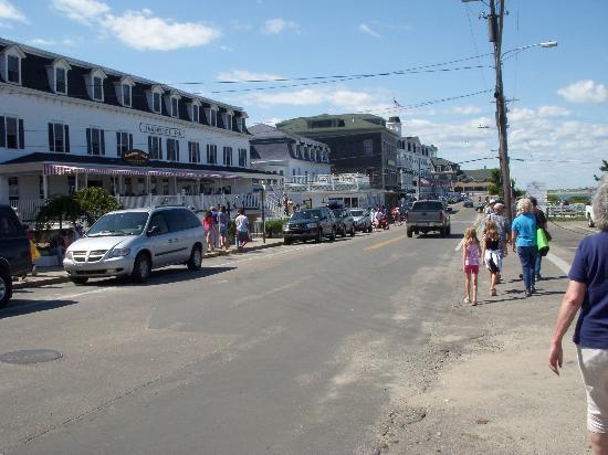 Block Island, RI: Water Street/ gift shop area
