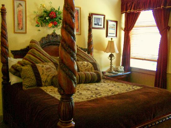 Carr Manor: fantastic suites