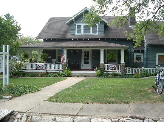 Down Over Bed & Breakfast: A Fine Front Porch