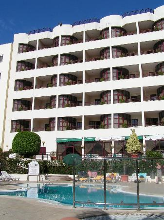 Ajuda Madeira Hotel: vue depuis la piscine