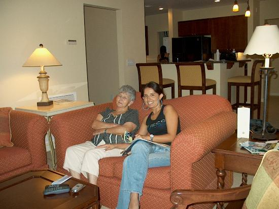 Laterra Resort & Spa : A happy Mother in law & Daughter