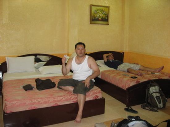 Phi Vu Hotel: beds