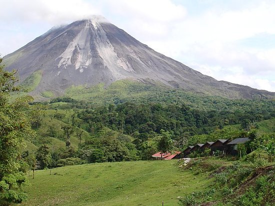 La Fortuna de San Carlos, Kosta Rika: The side of Arenal volcano towards Tabacon