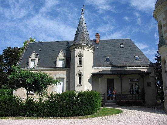 Chateau du Plessis : the lodge