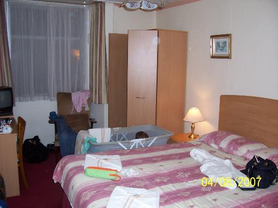 Kelvin Hotel: camera da letto