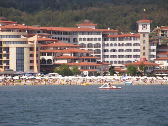 Helena Sands Hotel: Helena Sands from out at sea