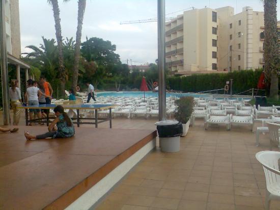 FERGUS Montemar: piscina