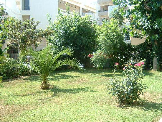 Lefka Apartments : Garden2 Lefka