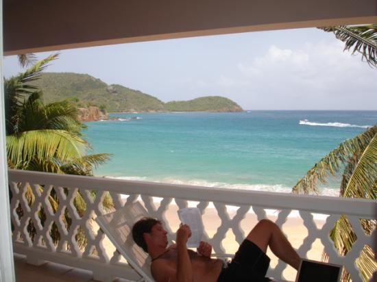 Curtain Bluff Resort: relaxing on our balcony