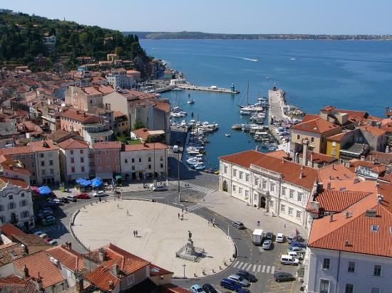 Max Piran: The main square from the church
