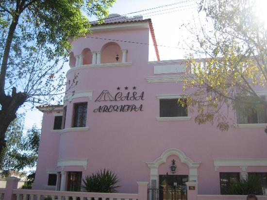 Casa Arequipa: View from Street