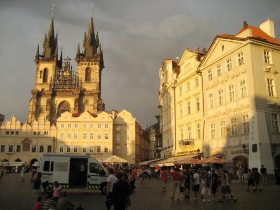 Artist Notes: (Social) Realism: Czech Republic |Czech Famous Paintings