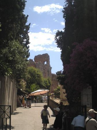 تاورمينا, إيطاليا: Theatre Entrance