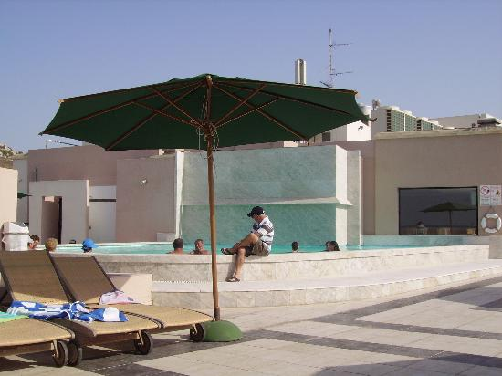 Calypso Hotel: pool
