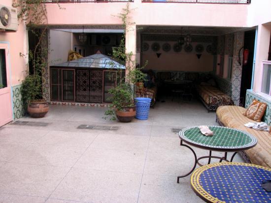 Hotel Ali : le patio de l'hôtel