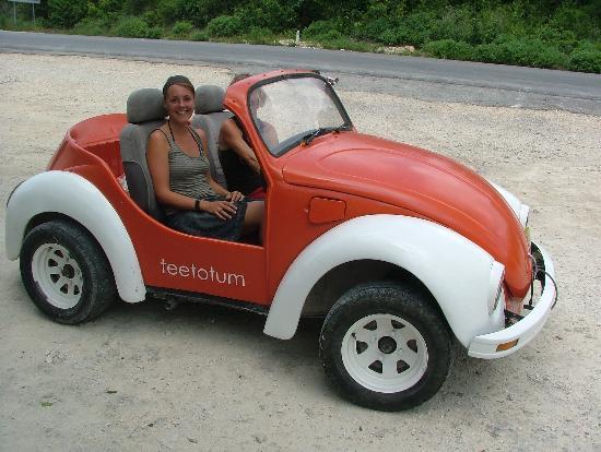 Teetotum Hotel: Teetotum car