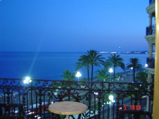 Vue De Nuit Promenade Des Anglais Photo De Hotel Negresco Nice