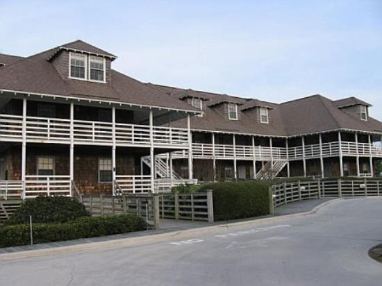 First Colony Inn: Exterior view