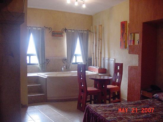 El Relicario De La Patria Hotel: Suite at Hotel