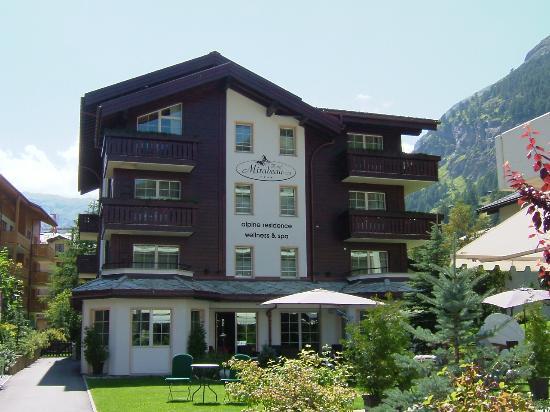 Hotel Mirabeau: View from the Garden & Sun Terrace