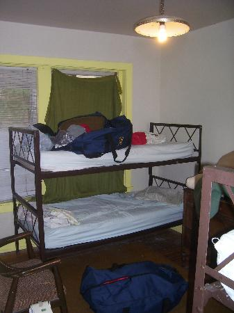 Denver International Youth Hostel: Bunks