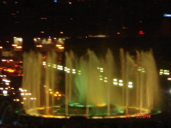 Ohtels Belvedere: light fountains (Barcelona