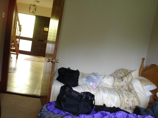 Hillcrest House: Our room