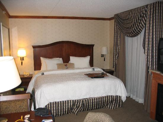 Bedford, Nueva Hampshire: King bed