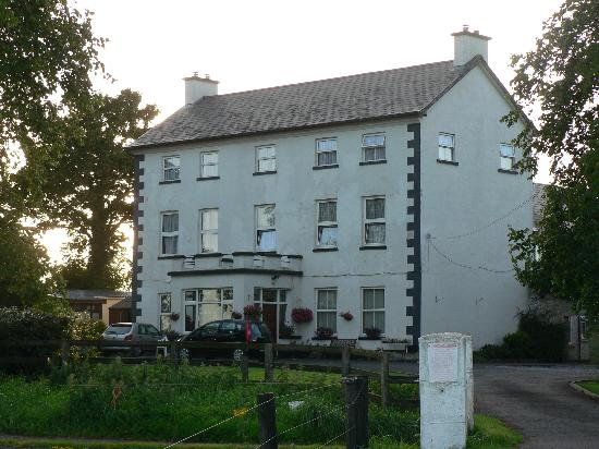 Rathkeale, Ireland: 200 Year Old Farmhouse