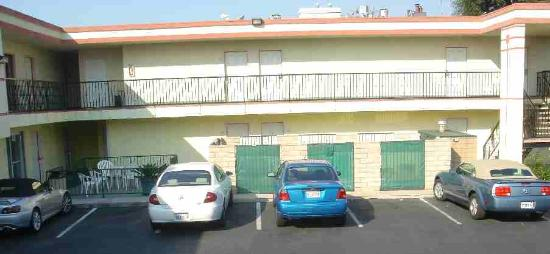 Ramada Marina Del Rey: Narrow parking spaces  (with some cars using part of adjacent spaces), looking toward the west