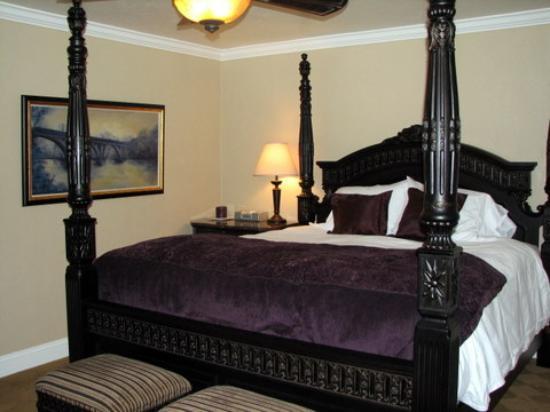 Bridge House Bed and Breakfast: Diestelhorst room