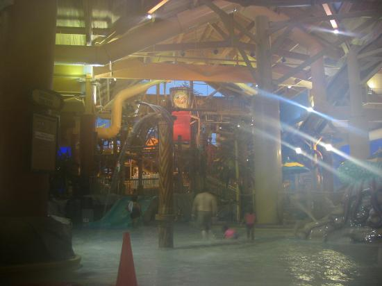 Castaway Bay: inside the waterpark