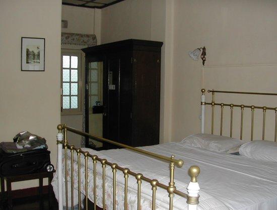 Bandarawela Hotel: Old fashioned bedrooms