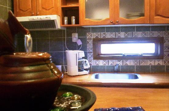 Cabañas Tierra Mistica: la cocina de la cabaña en la que estuvimos