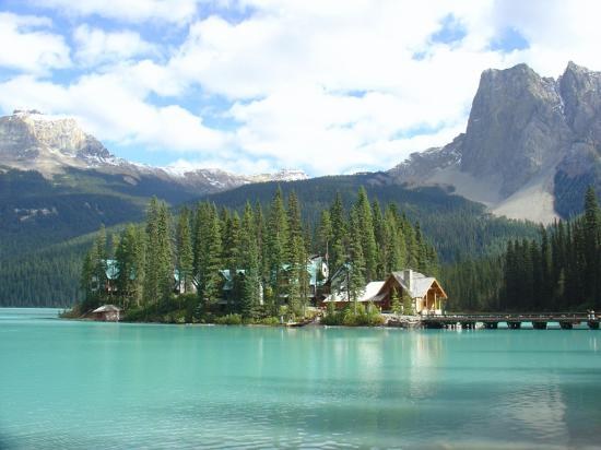 Emerald Lake Lodge As Viewed From The Lakeside Path Picture Of Emerald Lake Lodge Field