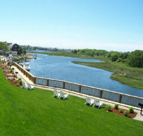 Riverview Resort on Cape Cod: The river out back